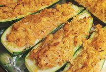 Buffalo chicken zucchini