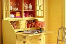 Decorating-red and yellow / decorating with a red and  yellow theme