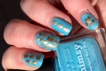 30 days of Colour Challenges for 2015 / A monthly nail swatch and nail art challenge