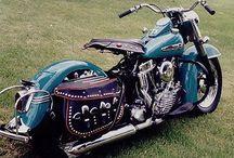Harley / Motorcycle