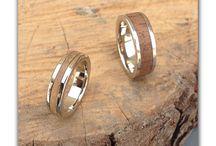 Wood-you juwelen / Sieraden van edelmetaal in combinatie met verschillende houtsoorten
