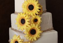 Sunflower Wedding Inspiration / Sunflower wedding invitation inspiration and ideas