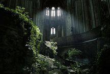 Buildings / Ruins