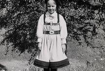 Elisabeth Meyer - Setesdal / A selection of the Norwegian photo journalist Elisabeth Meyer's photographs from Setesdal - 1940-42