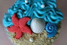 Cupcakes / by Kimberly Hodson