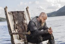 Vikings fans (All hail Ragnar)