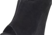 Shoes/heels I love / by Bri Drawbridge