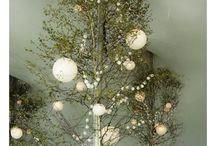 Decorations/ greenery