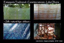Especial - Estampas tradicionais - Corantes naturais / #naturaldye #shibori #prints #silk #tiles #creation #handmade #inbluebrazil  Leka Oliveira