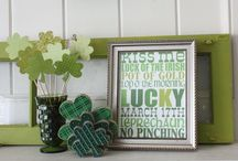 St. Pats / St. Patrick's Day crafts, pintables, DIY and recipes.