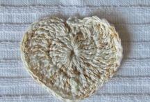 Apliques em crochê / Apliques feitos em crochê para utilizar em outros artesanatos
