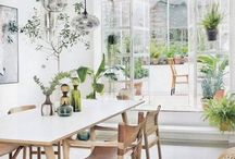 ✖ In the Dining Room ✖ / Inspiring dining rooms : in our research for THE place to set our family, having a dining room separated from the living room and integrated to the kitchen, these are some of the images that inspire me