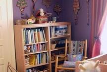 Reading Corner ! / by Emilialua Sousa