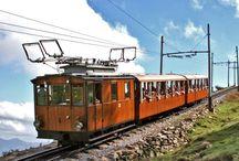 train / zeppelin