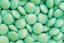 aesthetic:mint green