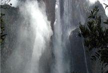 Amazing water falls!  / Amazing water falls!