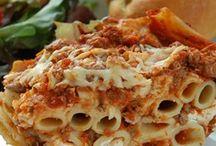 Dinner Recipes / by Mandy Woollacott