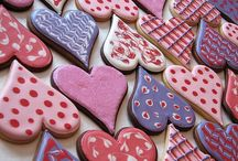 ICED Cookies / A stunning collection of some of the prettiest iced cookies for you to look at, make and eat.