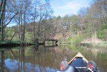 Ilmenau / Die Ilmenau ist ein abwechslungsreicher Kleinfluss in der Lüneburger Heide. Wir können sie  ca 57 km von Uelzen bis Lüneburg durch typische Heide- und Waldumgebung paddeln, dann noch etwa 30 km bis zur Elbe durch Flachland.