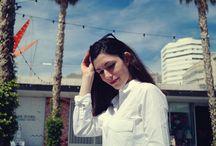 Outfit sencillo / Look sencillo con camisa blanca, jeans y bolso rojo