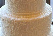 White Cakes / Wedding cakes all in white