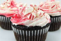 Cupcakes, Confections, and Dessert Inspiration / Cakes, cupcakes, and other sweet treats - recipes and presentation ideas