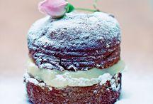 Yummy! Tin Cakes!
