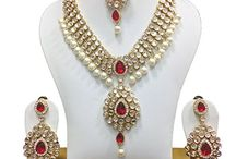 Traditional Awesome Designer Kundan Pearl Women Wedding Wear Necklace Set