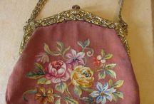 Starožitné kabelky - vyšívané
