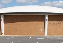Community Recreation Centers / The Columbus Recreation and Parks Department currently runs 29 separate community recreation centers. Two of these centers are senior (50+) centers, and four are multi-generational.