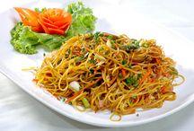 Hakka Noodles - Hakka Cuisine - Hakka People / Did you know that these noodles relate to the Hakka cuisine of the Hakka people?