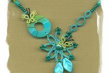 Tatted pendants & similar motifs