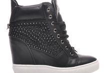 Sneakers CzasNaButy.pl 2014 / by CzasNaButy pl.
