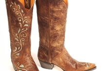 Boot Scootin / My love for boots and country style.  / by Veronica Cortez