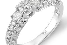 Past Present Future Diamond Rings / Past Present Future Diamond Rings / by Ring Settings