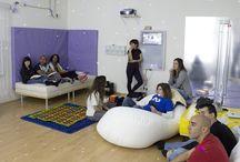Centro de Día y Ocupacional / En funcionamiento desde 2006 y 1986, respectivamente, concertados con la Comunidad de Madrid, y dirigido a personas con discapacidad, sobre todo, intelectual.  Su finalidad es favorecer, conservar, fomentar al máximo y recuperar la autonomía personal, potenciar el mantenimiento de los aprendizajes ya adquiridos, prevenir la progresión de las situaciones de deterioro físico y psíquico, la capacitación psicosocial y la habilitación laboral de sus usuarios/as.