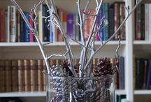 Christmas time, mistletoe & wine