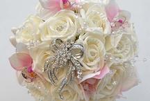 Bridesmaids Brooch Bouquets