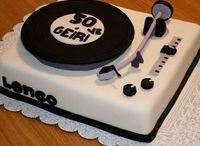 Turn-table cake