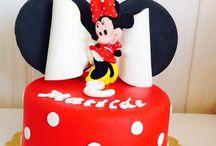 Minnie Mouse Cake Topper / Minnie Mouse Cake Topper www.torteamorefantasia.com