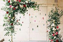 Festival wedding flowers and decor