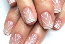 Fine lines nails