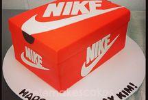 nike shoes cake