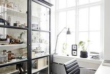display cabinet / displaying