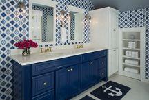 Bathrooms / by Peyton Cheely Edwards