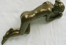 Figurative sculptures / Bronze