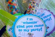 Birthday Party Ideas / by Lisa Perez
