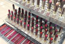Urban Decay Vice Lipstick Launch / Blog post about my time at my local UD counter for the #lipstickismyvice launch! http://goo.gl/NywTZt