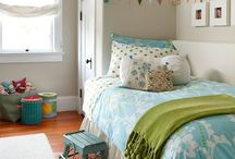 Girls room ideas / by Kelly Holcomb