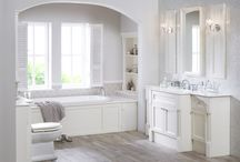Country Cottage Style Bathroom / Inspiration to create a country cottage retreat in your bathroom.
